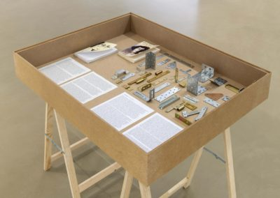 """Vitrine Simone Weil"", 2020 - Photo Martin Argyrolglo"